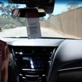 Un représentant de Cadillac se ridiculise...