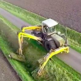 Ces équipements qu'on ajoute au tracteurs peuvent être fantastiques!