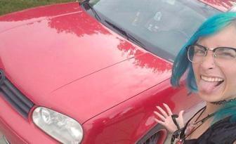Cette femme échange un sachet de sauce McDonald's contre une voiture!