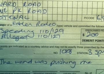 L'excuse la plus drôle pour contester un excès de vitesse!!!! Hilarant!