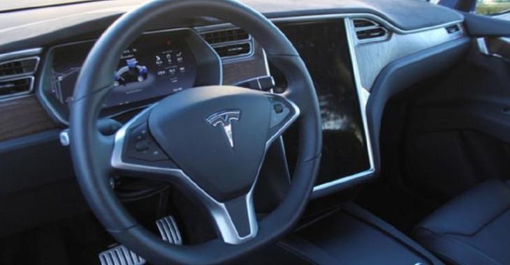 Une deuxième Tesla pour un investisseur de l'émission Les Dragons!