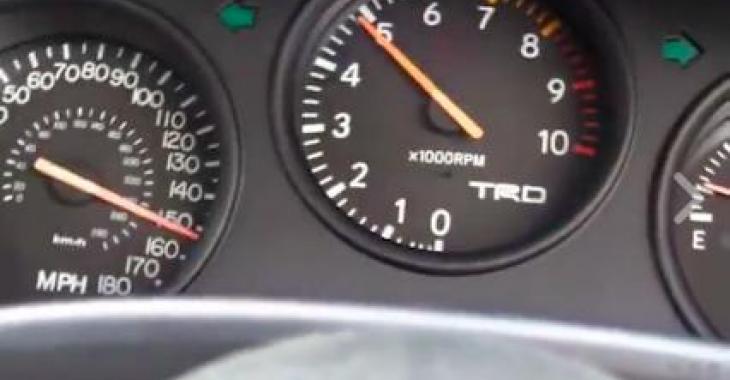 1100WHP... Voici ce que ça donne comme accélération; c'est tout à fait débile!