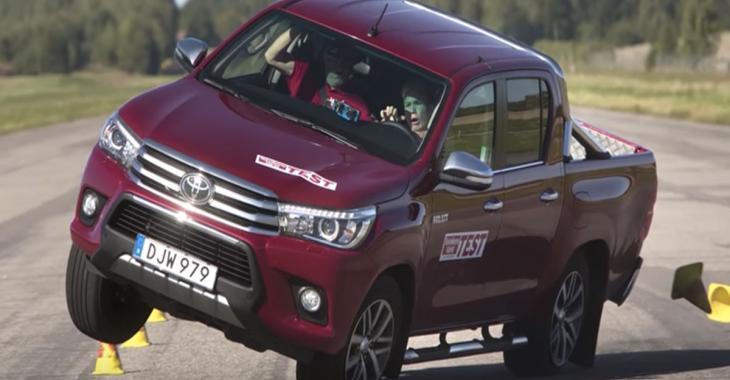 Le tout nouveau camion Toyota Hilux a échoué le «test de l'orignal»