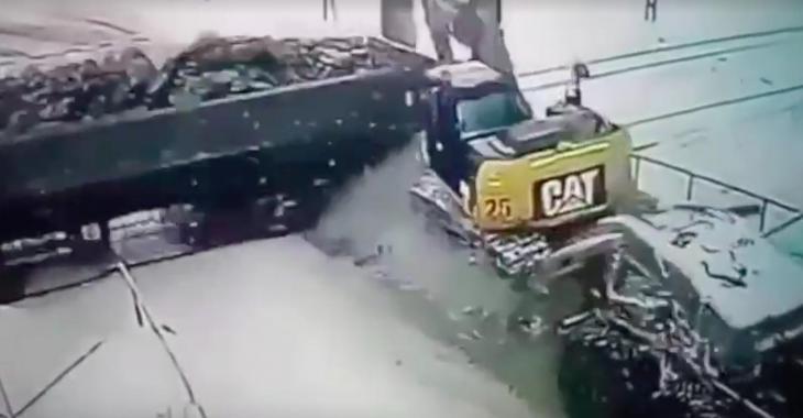Cette compilation d'accidents impliquant des trains est tout à fait effroyable!