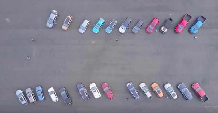 La fameuse question: est-ce que les pneus plus large offrent réellement une meilleure adhérence? 27 véhicules testés!