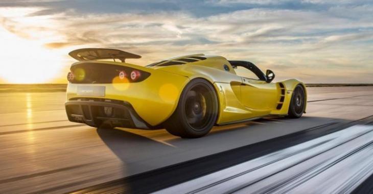 Hennessey vient tout juste de fracasser un autre record de vitesse établi par la Bugatti Veyron!