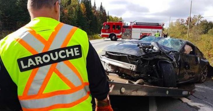 Un accident spectaculaire est survenu ce matin à Québec, l'alcool serait en cause!