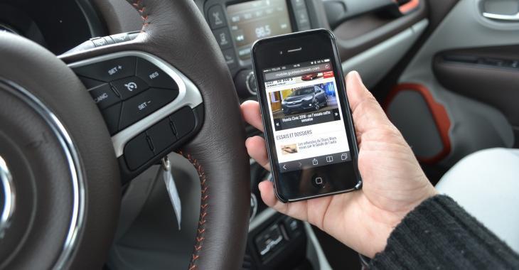 Vers une restriction des fonctionnalités du cellulaire au volant