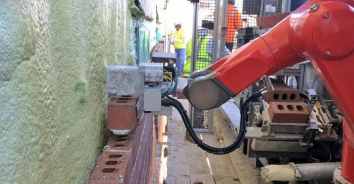 Une machine révolutionnaire qui change le monde de la construction, le robot est vraiment efficace!