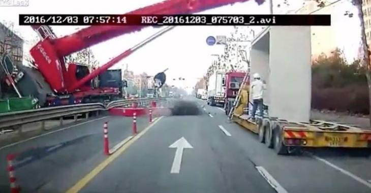 Des équipements de chantiers causent des accidents impressionnants!