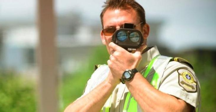 Un récidiviste de la vitesse excessive au volant se fait prendre à Québec!