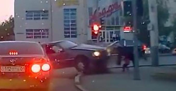Vous n'en reviendrez pas de voir à quel point ces conducteurs sont dangereux! O_O