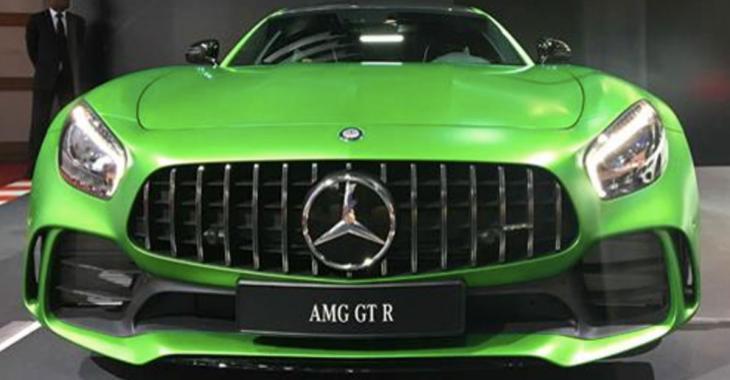 La peinture verte de la Mercedes AMG GT R coûte une véritable fortune!