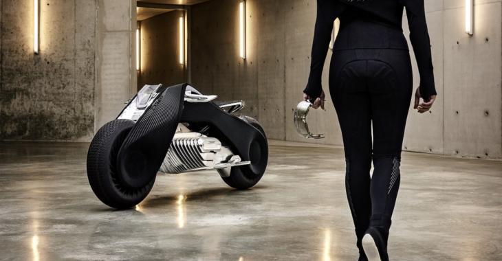 Une nouvelle moto futuriste avec des capacités incroyables, attendez de voir ce qu'elle fait!