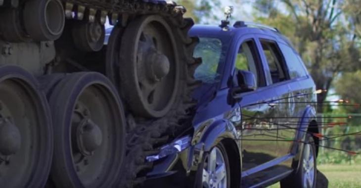 Insatisfait de son achat, il envoie un message surprenant en détruisant son véhicule!