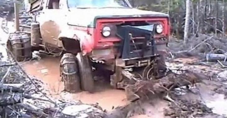Ce camion modifié n'est pas arrêtable, il a une particularité intéressante!