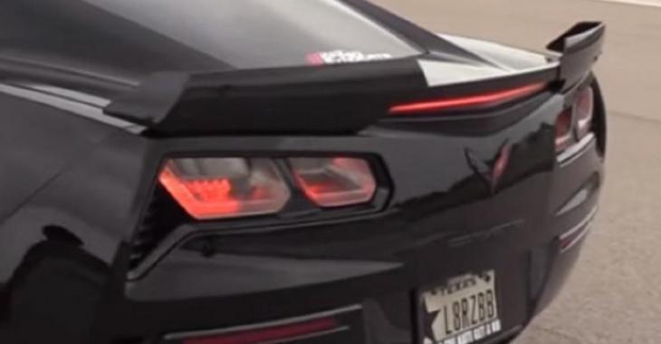 La Corvette Z06 la plus MÉCHANTE, le son est tout simplement parfait!