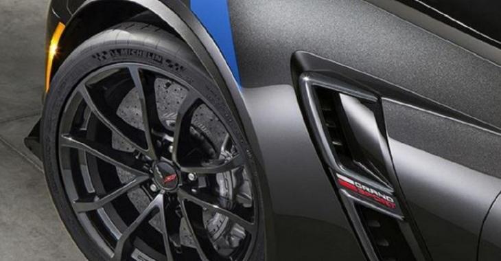 La toute nouvelle Corvette est incroyable, son look est juste parfait!