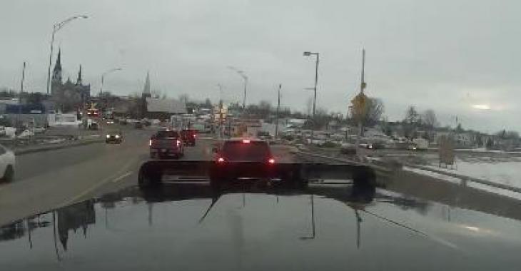 Les angles morts d'un camion sont plus grands que ceux qu'une voiture...!!!
