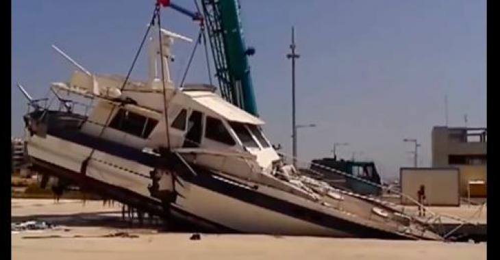 Des bateaux qui se retrouvent dans des situations catastrophiques! Ouf!