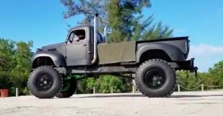Ce vieux camion modifié est tellement génial! Il vous laissera sans voix!