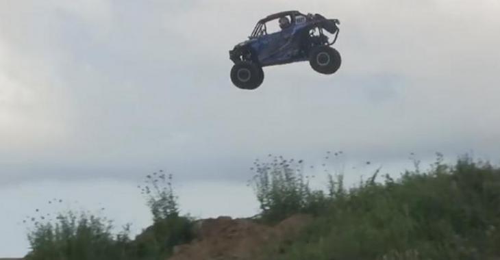 Accident brutal assez incroyable, le saut est beaucoup trop EXTRÊME!