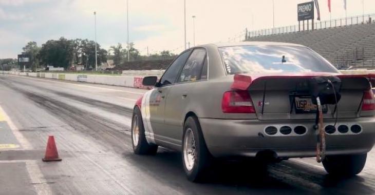 Cette Audi S4 est transformée en Jet! Elle est d'une rapidité à couper le souffle!