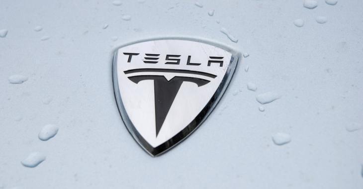 Nouveauté chez Tesla qui risque de sauver des vies, les autres constructeurs devraient les imiter!