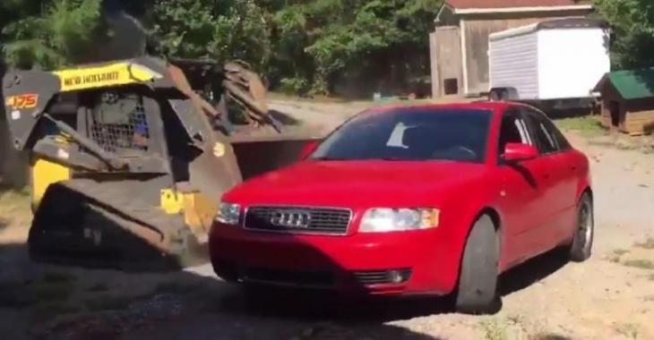 Son père détruit sa Audi avec un tracteur, il lui donne toute une leçon!