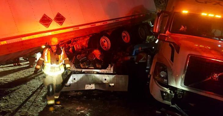 Un grave accident sur l'autoroute envoie une trentaine personnes à l'hôpital