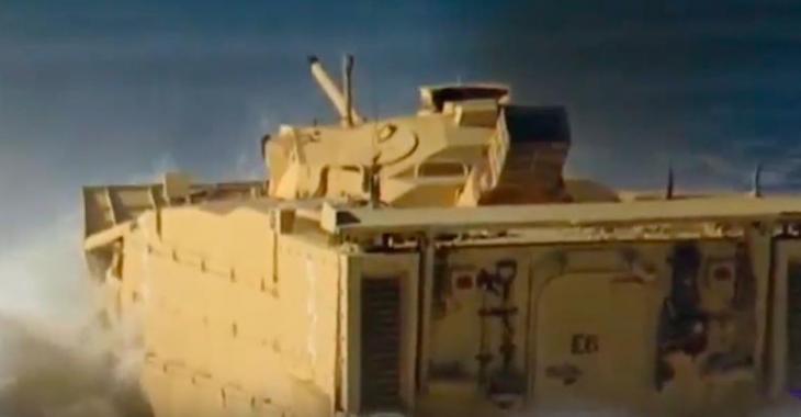 Ce véhicule de l'armée Américaine est le plus dispendieux, mais certainement le plus polyvalent jamais vu!