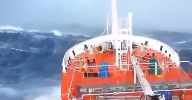 Survivre en mer dans les pires conditions, Top-10 des journées à oublier en bateau!