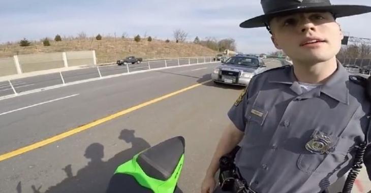 Les autres policiers devraient prendre exemple sur celui-ci, son explication est parfaite!