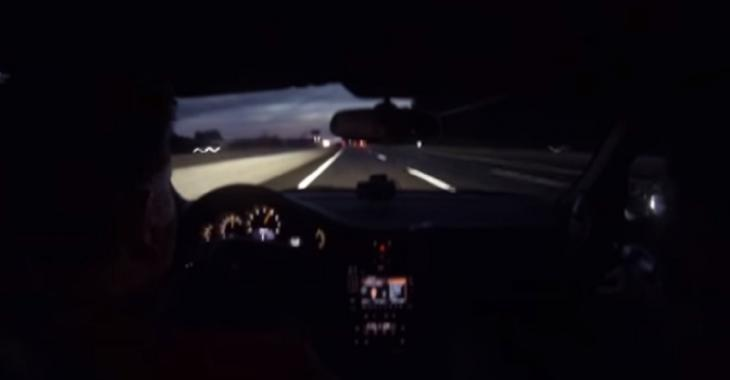OUF! Crevaison à 332 km/h dans une Porsche 997 GT2!