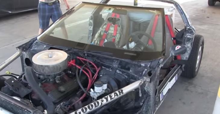Il se fabrique un RatRod UNIQUE à partir d'une vieille Corvette abandonnée, le son est DÉMENTIEL!