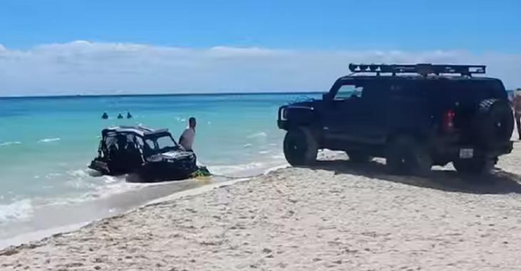 Impossible pour le Hummer H3 de le sortir de là mais c'est un pick-up qui fait le travail!