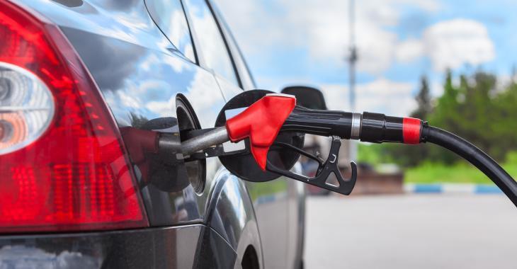 Voici 8 trucs qui vous feront économiser de l'essence et de l'argent