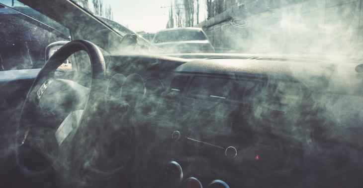 Voici combien de temps il faut attendre pour conduire après avoir consommé du cannabis.