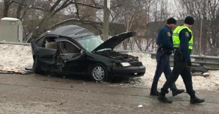 Une maman enceinte et son fils de 3 ans meurent dans un accident à cause d'un idiot qui roulait trop vite