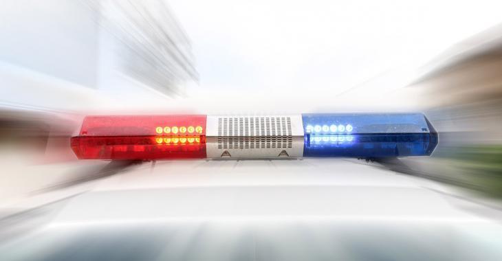 Un conducteur de dépanneuse est tué par une voiture alors qu'il tentait de remorquer véhicule coincé dans un fossé.