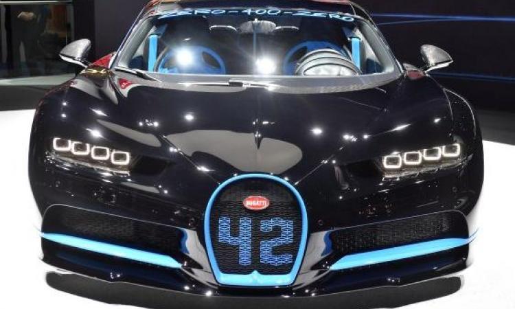 La Bugatti Chiron accélère à 400KM/H en moins de 45 secondes; c'est un bolide ultra rapide!